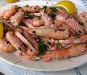 Crayfish with lemon - oil sauce
