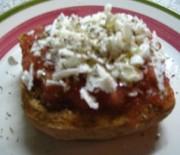 Cretan rusk with tomato, oregano and cheese